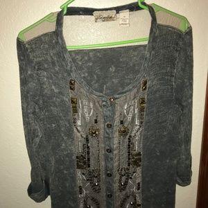 Womens shirt buckle